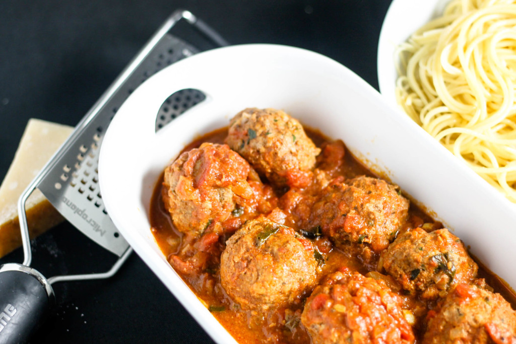 Lean Meatballs by Diverse Dinners