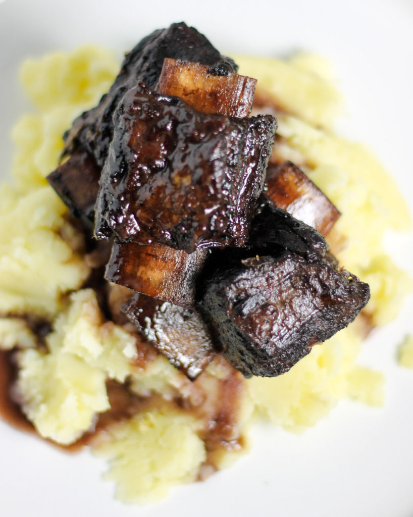 Red Wine Braised Short Ribs by Diverse Dinners