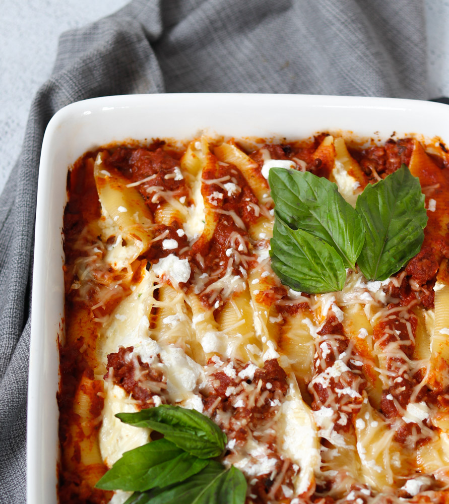 Stuffed Pasta Shells Bolognese by Diverse Dinners